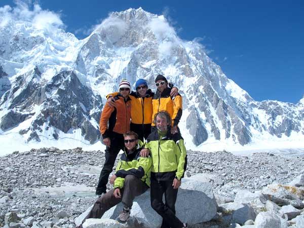 Il team. Da sx in alto: Bruno Mottini, Andrea Sarchi ed Ermanno Salvaterra. Da sx in basso: Marco Majori e Cesare Ravaschietto.